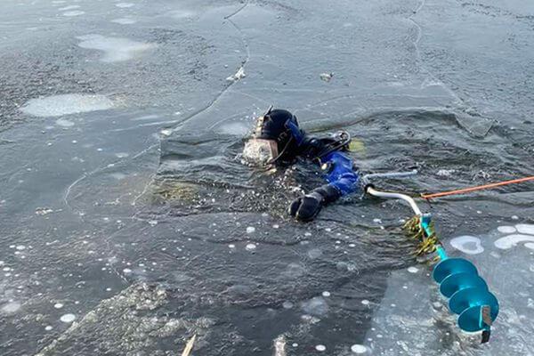 Рыбак погиб на озере Грязный Ерик у Чапаевска, провалившись под лед | CityTraffic