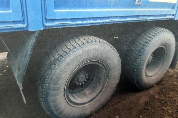 В борьбе за женщину житель Самарской области порезал колеса грузовика своего соперника | CityTraffic