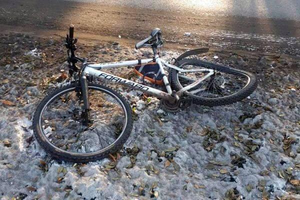 Женщина на велосипеде попала под машину в Тольятти | CityTraffic