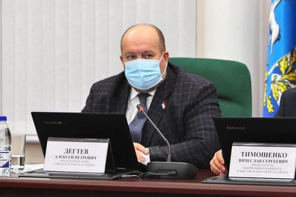 Из горящего дома в Сызрани эвакуировали 6 человек | CityTraffic