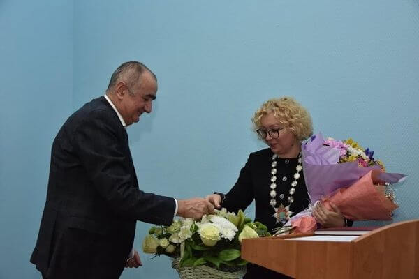 Александра Гожая снова избрана главой Октябрьска
