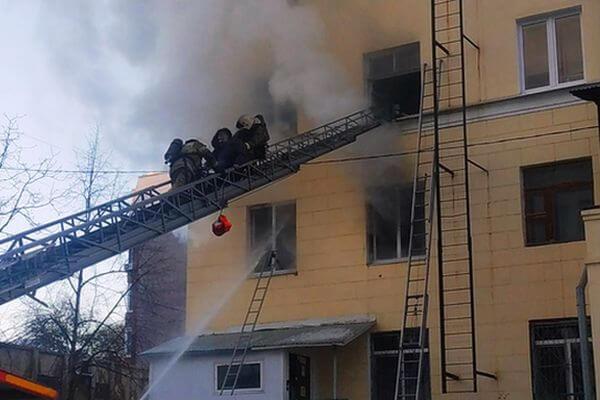 Пожар в Студенческом переулке Самары случился из-за неосторожности при курении   CityTraffic