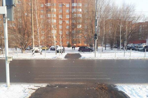 В Тольятти ищут водителя, который сбил пешехода на переходе и уехал | CityTraffic