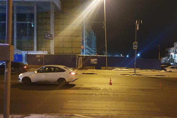В Самаре водитель «Гранты» на пешеходном переходе сбил 54-летнего мужчину | CityTraffic