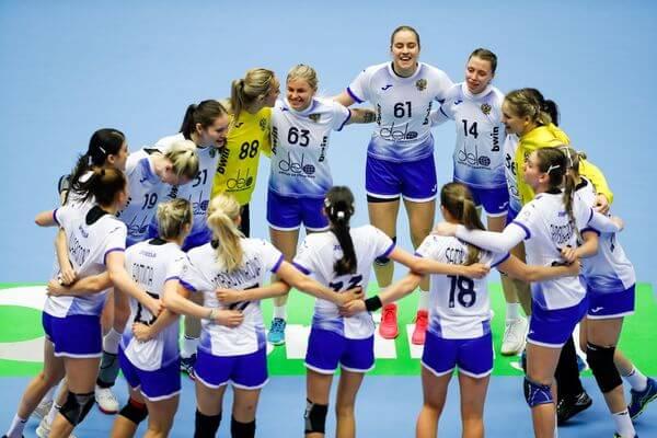 Сборная России победила Швецию и вышла в основной этап ЧЕ-2020 | CityTraffic