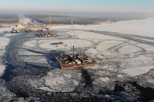 Спасатели предупредили об опасной майне в районе моста у села Климовка | CityTraffic