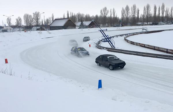 Переворот машины и другие этюды гонки   CityTraffic