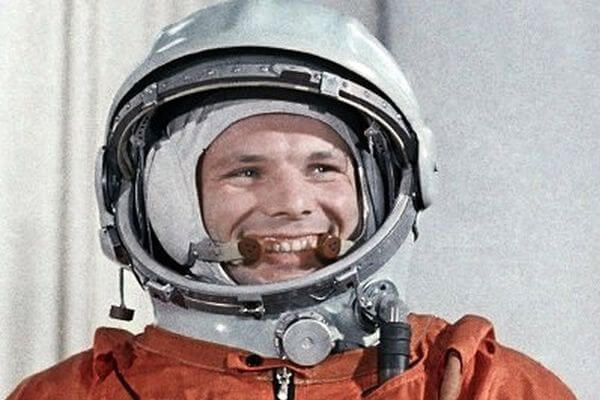 В России почти каждый второй поддерживает идею сделать День космонавтики выходным | CityTraffic