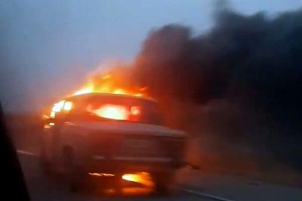 Житель Самарской области чуть не сгорел в угнанном автомомбиле | CityTraffic
