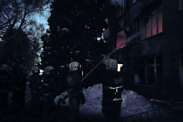 Пожар на заводе в Самаре потушили за сутки | CityTraffic