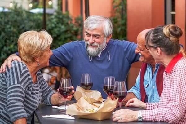 Роспотребнадзор призвал пожилых людей поменьше есть, особенно сахар | CityTraffic