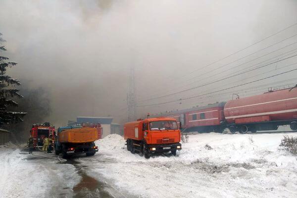 Площадь, пройденная огнем на горящем заводе в Самаре, составила 3500 квадратных метров | CityTraffic