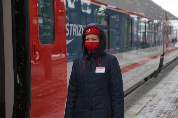Поезд, идущий из Санкт-Петербурга в Самару,  временно проследует без остановки в Москве | CityTraffic