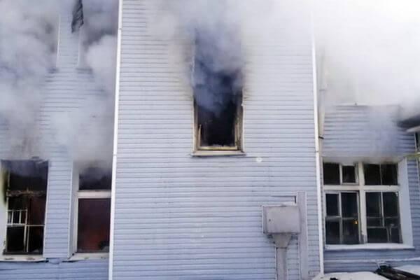 В Самаре горел гараж утром первого новогоднего дня | CityTraffic