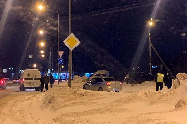 В Тольятти машину с погибшим водителем откапывали из сугроба   CityTraffic