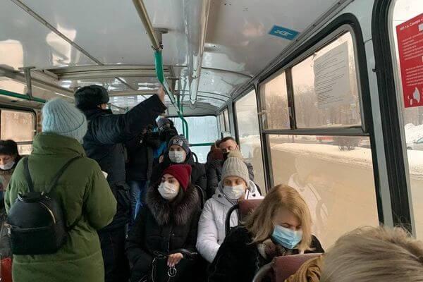 В Самаре кондукторы автобусов получили право не продавать билет пассажиру без маски | CityTraffic