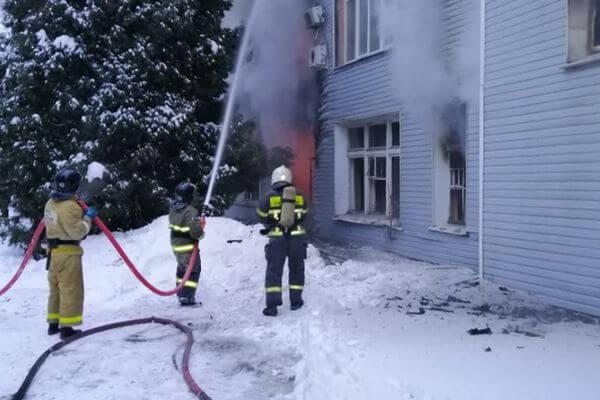 В МЧС назвали причину пожара на заводе в Самаре | CityTraffic