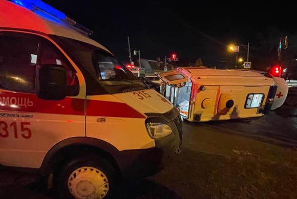 В Самаре 4 человека пострадали в ДТП с участием автомобиля скорой помощи | CityTraffic