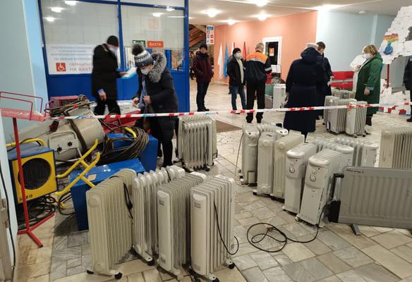 Главврач тольяттинского Медгородка поблагодарил учеников школы №81 за обогреватели для больных | CityTraffic