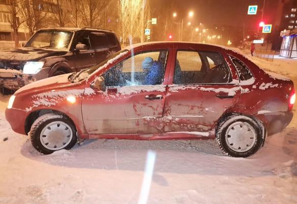 В Тольятти водителю «Калины» потребовалась медицинская помощь после неудачного разворота