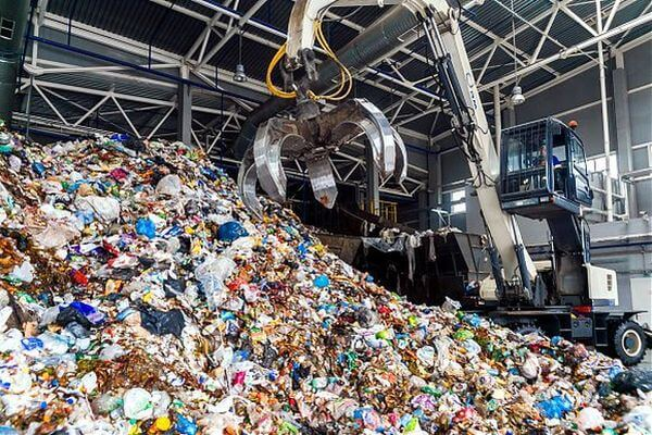 Россияне предлагают строить мусорные заводы рядом с тюрьмами | CityTraffic