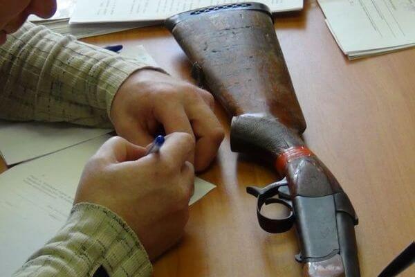 В Самарской области на вознаграждение людям, добровольно сдавшим незаконное оружие, выделили втрое меньше средств | CityTraffic