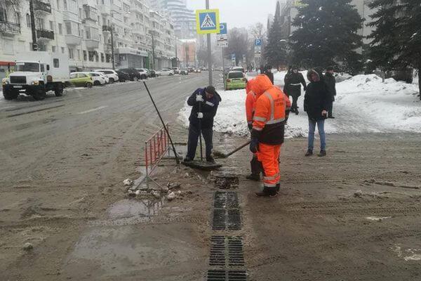 Коммунальщики Самары пообещали, что не допустят затопления улиц в оттепель   CityTraffic