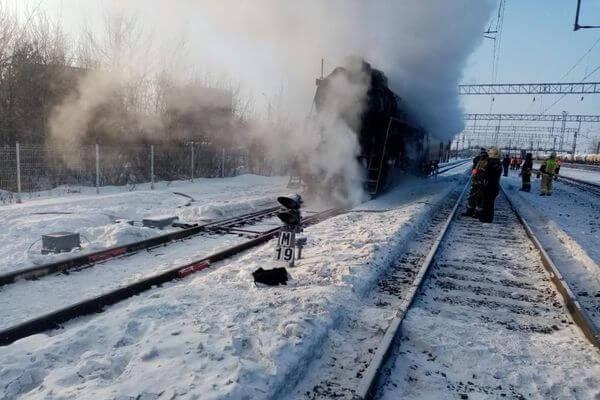 В Самарской области выясняют причины возгорания ретро-локомотива | CityTraffic