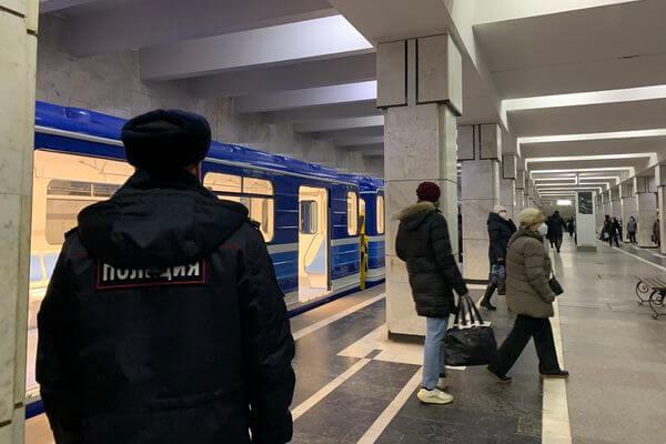 В Самаре нарушителей масочного режима в транспорте доставляют в полицию только в крайних случаях | CityTraffic