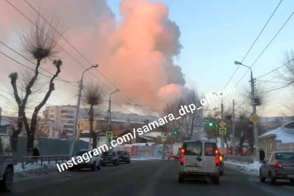 В Самаре перекрыли движение из-за пожара в центре города | CityTraffic