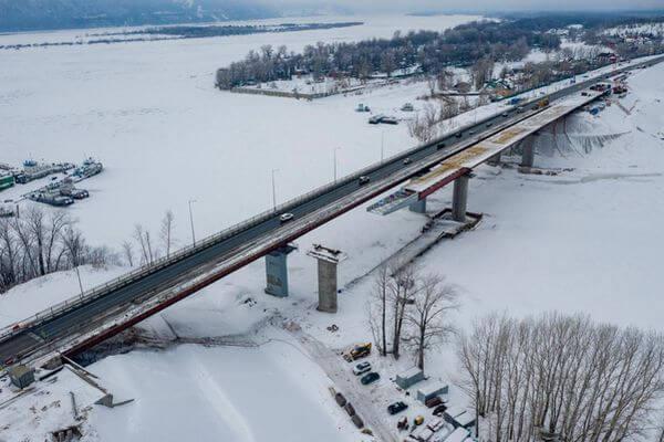 На мосту через Сок приступили к финальной надвижке пролетных строений   CityTraffic