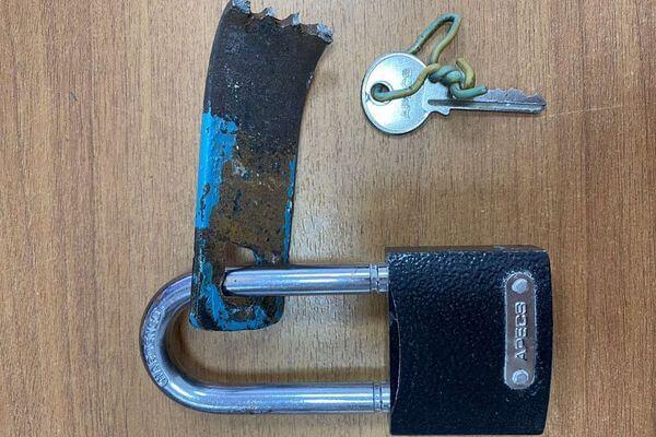 Житель Сызрани украл инструменты у коллеги по работе и пропил их | CityTraffic