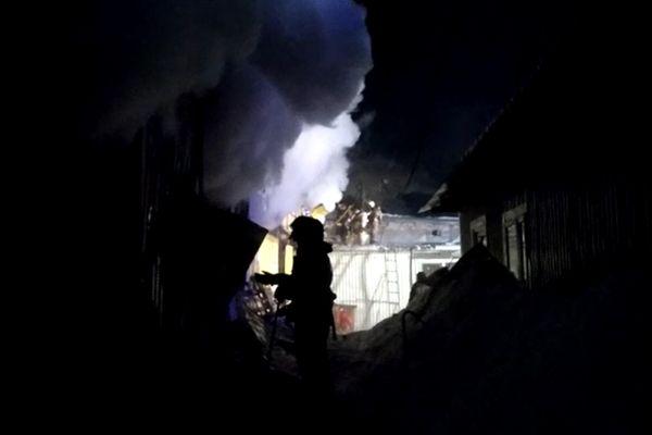 Пожар на рынке Ракита в  Самаре локализовали через 4 часа | CityTraffic