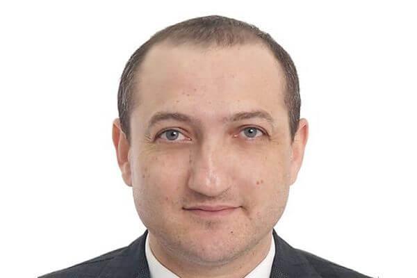 Заявление о сложении полномочий депутата Амрояна Дума Жигулевска рассмотрит 25 февраля | CityTraffic
