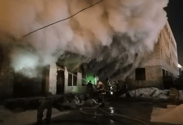 В Тольятти пожар в цехе по производству мебели тушили 3,5 часа | CityTraffic
