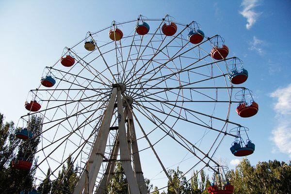 В Парке Победы в Самаре  начали демонтировать колесо обозрения | CityTraffic