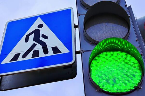 В Самаре установят новые светофоры, дорожные знаки и барьерные ограждения по 176 адресам | CityTraffic