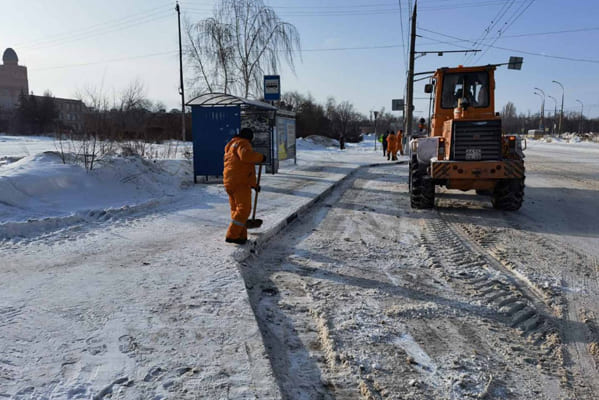 В Тольятти чиновники рапортуют о том, что дороги в городе расчищены от снега на 70–75% | CityTraffic