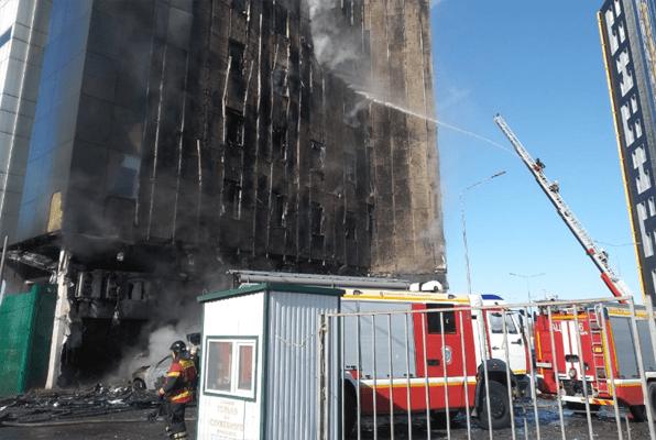 В Самаре в ТОЦ «Скала» тушат горящий фасад | CityTraffic