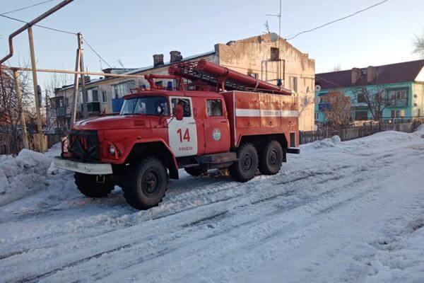 Три человека погибли на пожаре в Самарской области | CityTraffic
