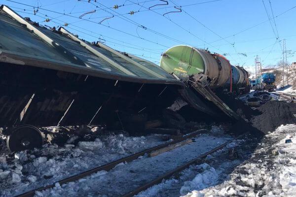 Прокуроры нашли виновного в сходе 4 вагонов с углем с рельсов в Самарской области | CityTraffic
