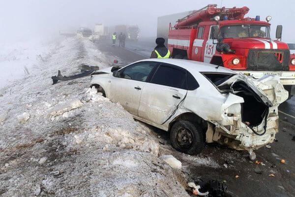 У Самары столкнулись 4 автомобиля, один человек погиб, двое в больнице | CityTraffic