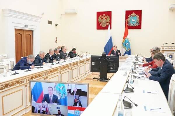 Дмитрий Азаров обсудил с депутатами Госдумы и сенаторами от Самарской области поддержку моногородов и АВТОВАЗа | CityTraffic