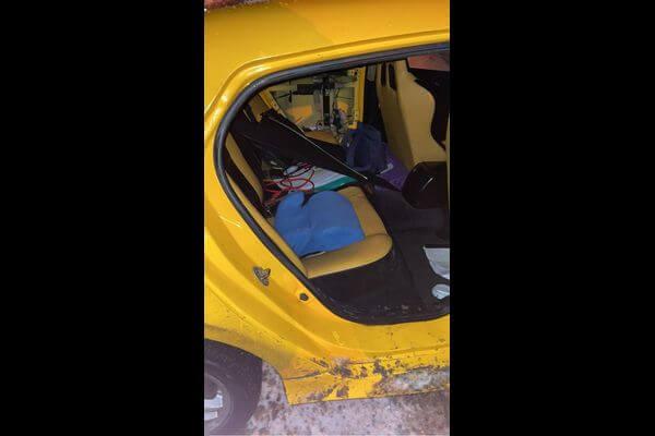 В Тольятти легковушка врезалась в два снежных вала, пострадал ребенок   CityTraffic