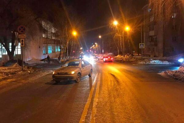 В Самаре 8-летний ребенок получил перелом, попав под колеса автомобиля | CityTraffic