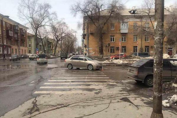 В Самаре две девочки попали под колеса автомобиля   CityTraffic