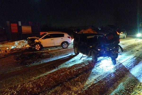 Два человека пострадали в аварии под Тольятти | CityTraffic