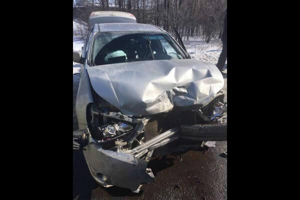 В Тольятти пострадал пассажир иномарки, в которую въехал ВАЗ | CityTraffic