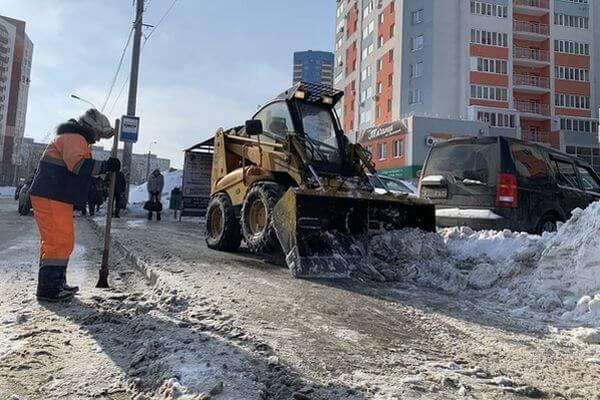 В Самаре дорожники проверят, не растаял ли в городе асфальт вместе со снегом   CityTraffic