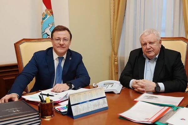 Перспективы развития  медицинского туризма в Самарской области обсудили Дмитрий Азаров и Константин Титов | CityTraffic